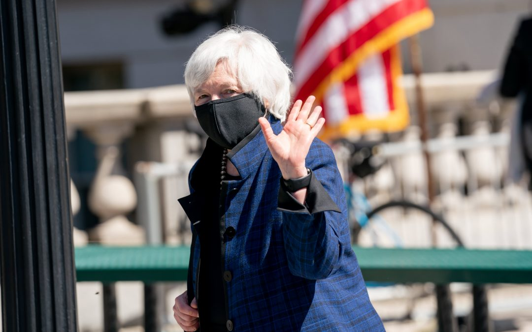 Yellen outlines financial reforms, restart of hedge fund group