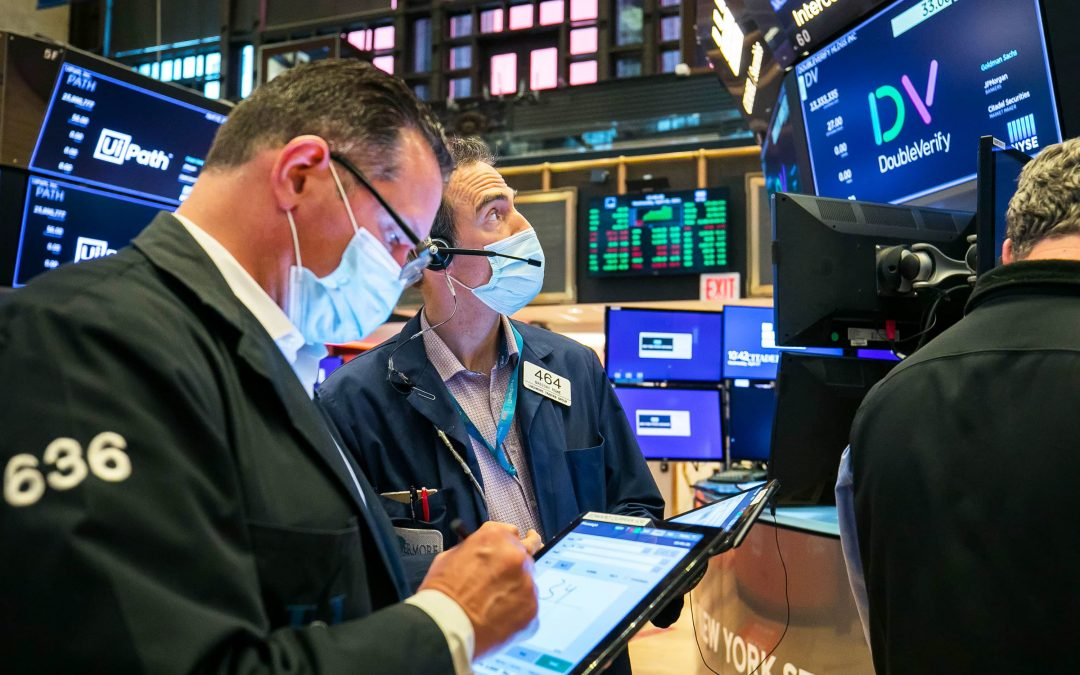 Stock futures are flat after sell-off in growth and tech