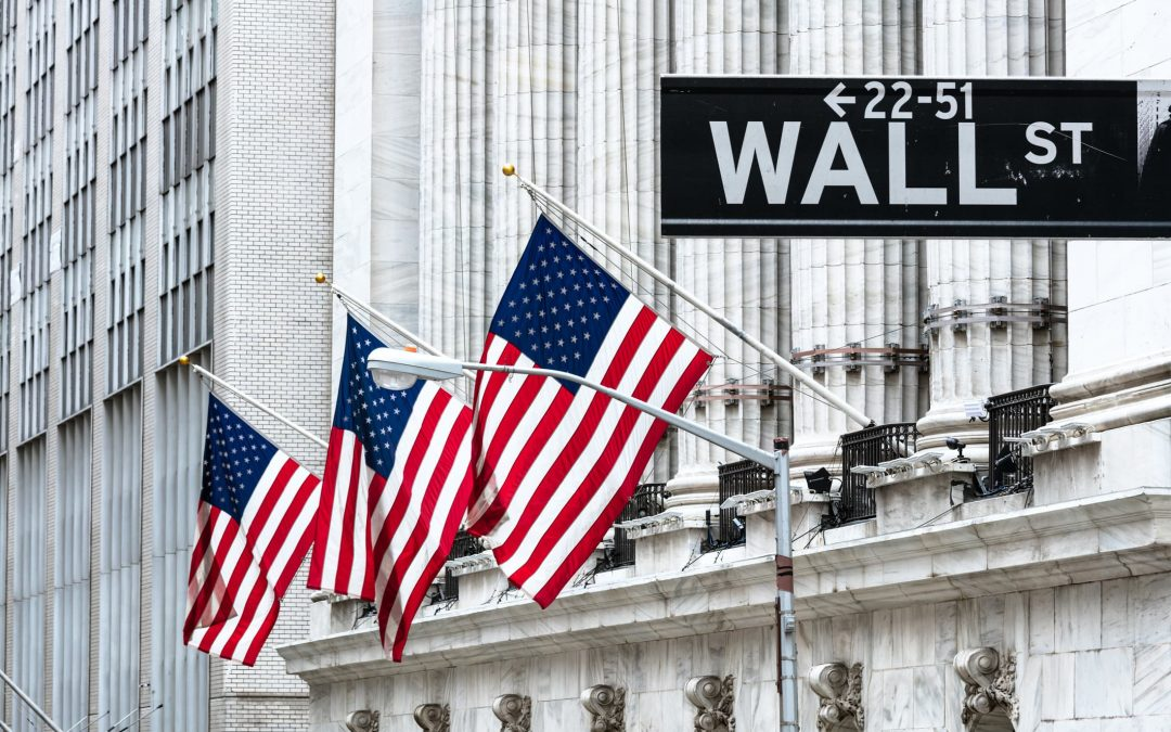 Nasdaq futures fall as stocks try to round out strong July
