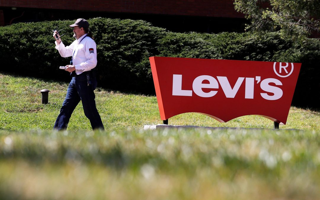 Stocks making the biggest moves after hours: Levi Strauss, GM, Accolade